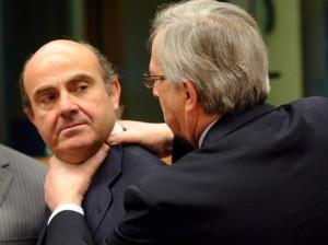 Luis de Guindos y Jean Claude Juncker, expresidente del Eurogrupo FUENTE REVISTA VANITY FAIR