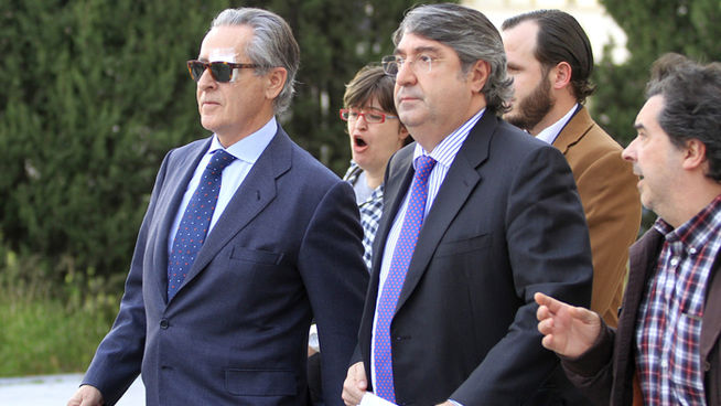 Miguel_Blesa tras declarar en los juzgados de Madrid por la compra del Banco de Florida Fuente Cuatro TV