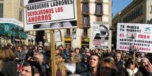 Afectados por preferentes manifestandose FUENTE Diario EL CONFIDENCIAL