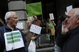 Afectados preferentes por la banca nacionalizada FUENTE lainformacion.com