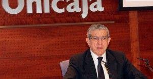 Braulio Medel presidente de Unicaja Banco en rueda de prensa