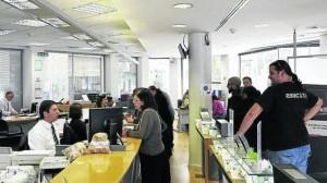 Si no recibio informacion sobre el contrato de preferentes, denuncie a su banco FUENTE Noticias de Navarra