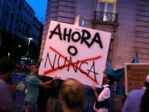 Bankia deberia devolver pronto y rapido el dinero de las acciones a los clientes enganados FUENTE pt.wikipedia.org