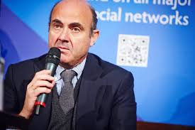 El ministro de Economia estima el coste de las demandas de acciones Bankia en 600 millones de euros FUENTE commons.wikimdia.org