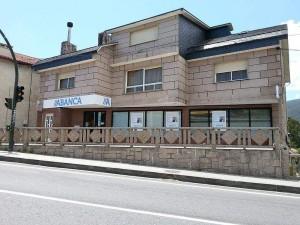 40.000 afectados por las preferentes de Novagalicia han demandado a la entidad porque Abanca no les dio solucion FUENTE commons.wikimedia.org