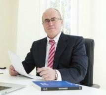 Arriaga Asociados abre despacho en Tenerife para reclamar productos bancarios
