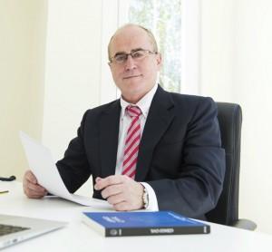 Arriaga Asociados abre nuevo despacho en Tenerife para reclamar productos bancarios FUENTE arriagaasociados.com