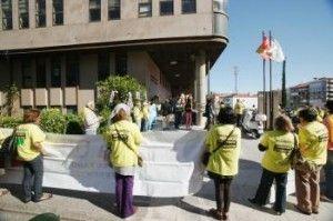 Preferentstas a las puertas del juzgado de refuerzo de Vigo FUENTE Atlantico.net