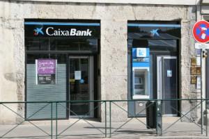 CaixaBank ha sido una de las entidades que mas preferentes ha colocado a los sevillanos FUENTE Wikipedia