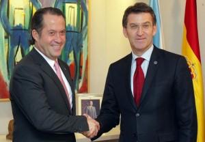 Juan Carlos Escotet con el presidente de Galicia, Alberto Nuñez Feijoo FUENTE Libremercado.com