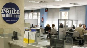 Los afectados por preferetes se quejan de que Hacienda no les da cita previa FUENTE Levante EMV
