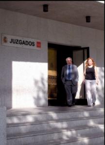 El proceso de canje de Unicaja a los preferentistas de Ceiss, anulado por un juez en una sentencia de Zamora FUENTE Flickr.com