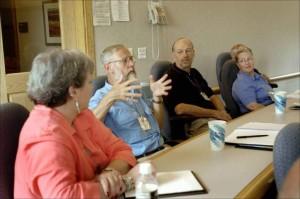 A muchos ex trabajadores de la CAM tambien les vendieron cuotas participativas FUENTE public-domain-image.com