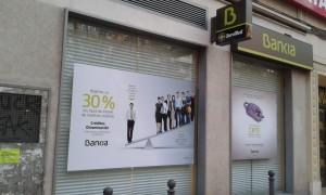 Bankia es responsable subsidiaria de la perdida economica de las personas que compraron acciones FUENTE arriagaasociados.com